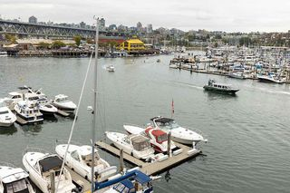 """Photo 9: 402 1012 BEACH Avenue in Vancouver: Yaletown Condo for sale in """"1000 BEACH"""" (Vancouver West)  : MLS®# R2396388"""