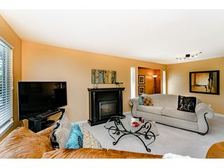 """Photo 5: 11731 238A Street in Maple Ridge: Cottonwood MR House for sale in """"RICHWOOD PARK"""" : MLS®# R2398829"""