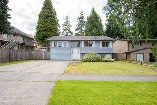 Main Photo: 8967 URSUS Crescent in Surrey: Bear Creek Green Timbers House for sale : MLS®# R2400380