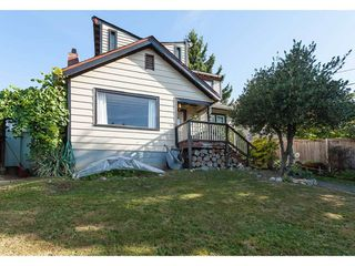 Main Photo: 33435 1ST Avenue in Mission: Mission BC House for sale : MLS®# R2402988