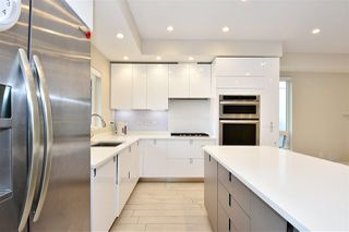 "Photo 10: 2335 W 10TH Avenue in Vancouver: Kitsilano Townhouse for sale in ""PARK VIEW"" (Vancouver West)  : MLS®# R2428714"