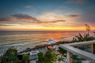 Photo 2: ENCINITAS Twinhome for sale : 3 bedrooms : 550 4th St