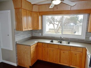 Photo 9: 9224 52 Street in Edmonton: Zone 18 House for sale : MLS®# E4194752