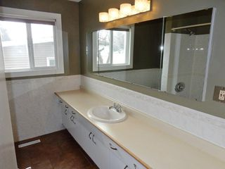 Photo 15: 9224 52 Street in Edmonton: Zone 18 House for sale : MLS®# E4194752