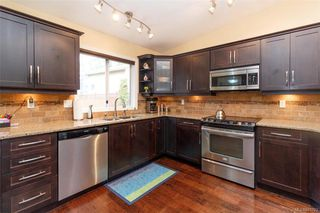 Photo 8: 828 Royal Wood Pl in Saanich: SE Broadmead House for sale (Saanich East)  : MLS®# 841703