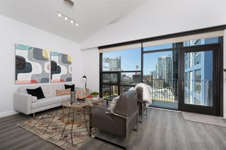 Photo 2: DOWNTOWN Condo for sale : 2 bedrooms : 350 11Th Ave #922 in San Diego