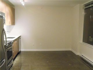 Photo 3: 408 221 UNION Street in Vancouver: Mount Pleasant VE Condo for sale (Vancouver East)  : MLS®# V854878