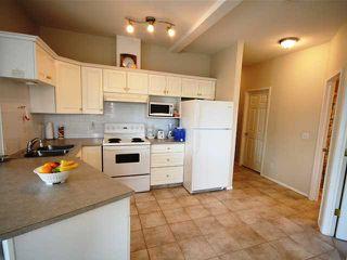Photo 4: 306 1905 Centre Street NW in CALGARY: Tuxedo Condo for sale (Calgary)  : MLS®# C3533384