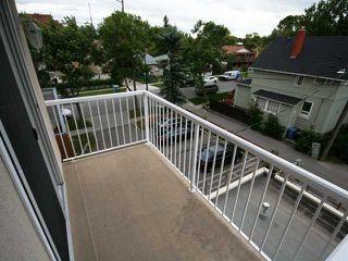Photo 10: 306 1905 Centre Street NW in CALGARY: Tuxedo Condo for sale (Calgary)  : MLS®# C3533384