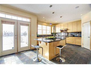 Photo 6: 2121 Vimy Way SW in CALGARY: Garrison Woods Residential Detached Single Family for sale (Calgary)  : MLS®# C3571495
