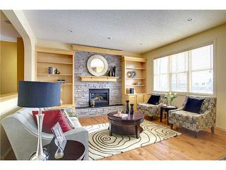 Photo 4: 2121 Vimy Way SW in CALGARY: Garrison Woods Residential Detached Single Family for sale (Calgary)  : MLS®# C3571495