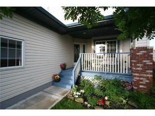 Photo 2: 1721 Harrison Street: Crossfield Residential Detached Single Family for sale : MLS®# C3576666