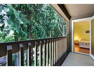 "Photo 13: 1065 HERITAGE Boulevard in North Vancouver: Seymour Townhouse for sale in ""HERITAGE IN THE WOODS"" : MLS®# V1026380"