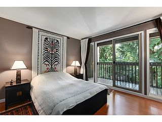 "Photo 11: 1065 HERITAGE Boulevard in North Vancouver: Seymour Townhouse for sale in ""HERITAGE IN THE WOODS"" : MLS®# V1026380"