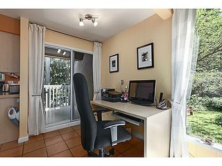 "Photo 6: 1065 HERITAGE Boulevard in North Vancouver: Seymour Townhouse for sale in ""HERITAGE IN THE WOODS"" : MLS®# V1026380"
