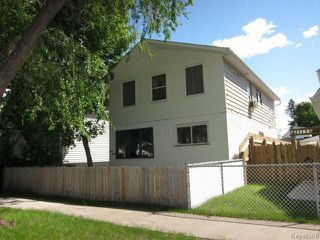 Photo 1: 934 Manitoba Avenue in WINNIPEG: North End Residential for sale (North West Winnipeg)  : MLS®# 1416163