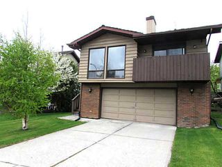 Photo 1: 103 RANCH ESTATES Drive NW in Calgary: Ranchlands Estates Residential Detached Single Family for sale : MLS®# C3628445