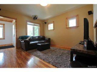 Photo 2: 482 William Newton Avenue in WINNIPEG: East Kildonan Residential for sale (North East Winnipeg)  : MLS®# 1418641