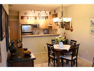 Photo 3: # 422 801 KLAHANIE DR in Port Moody: Port Moody Centre Condo for sale : MLS®# V1088667