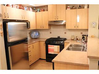 Photo 2: # 422 801 KLAHANIE DR in Port Moody: Port Moody Centre Condo for sale : MLS®# V1088667