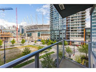 Photo 7: # 501 918 COOPERAGE WY in Vancouver: Yaletown Condo for sale (Vancouver West)  : MLS®# V1120182