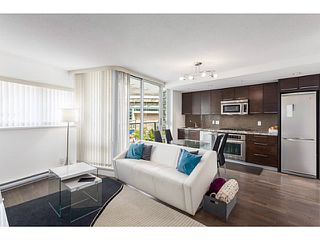 Photo 3: # 501 918 COOPERAGE WY in Vancouver: Yaletown Condo for sale (Vancouver West)  : MLS®# V1120182