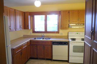 Photo 6: 93 Glenbrook Crescent in Winnipeg: Richmond West Single Family Detached for sale (South Winnipeg)  : MLS®# 1525607