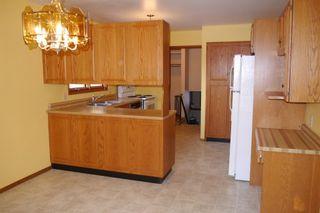 Photo 5: 93 Glenbrook Crescent in Winnipeg: Richmond West Single Family Detached for sale (South Winnipeg)  : MLS®# 1525607