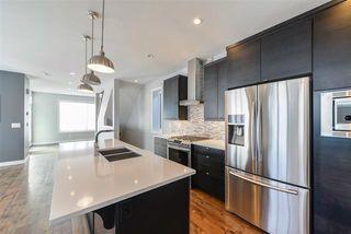 Photo 11: 14504 104 AV NW in Edmonton: Zone 21 Townhouse for sale : MLS®# E4054232