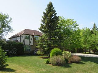 Photo 1: 355 Laurel Bay Southeast: Oakbank Single Family Detached for sale (R04)  : MLS®# 1811153