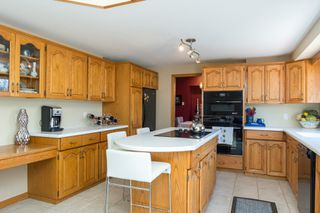 Photo 10: 355 Laurel Bay Southeast: Oakbank Single Family Detached for sale (R04)  : MLS®# 1811153