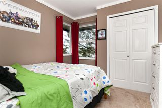 Photo 16: 18-2525 Shaftsbury Place in Port Coquitlam: Woodland Acres PQ Townhouse for sale : MLS®# R2341763