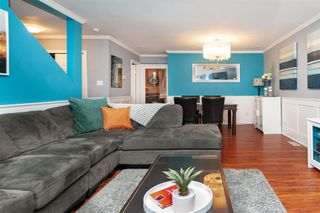 Photo 4: 18-2525 Shaftsbury Place in Port Coquitlam: Woodland Acres PQ Townhouse for sale : MLS®# R2341763