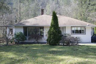 Photo 1: 10235 PARKE ROAD in Mission: Dewdney Deroche House for sale : MLS®# R2353727