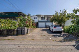 Photo 4: 4675 NANAIMO Street in Vancouver: Victoria VE House for sale (Vancouver East)  : MLS®# R2403944