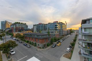"Photo 15: 514 311 E 6TH Avenue in Vancouver: Mount Pleasant VE Condo for sale in ""WOHLSEIN"" (Vancouver East)  : MLS®# R2406452"