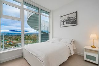Photo 8: 1805 4638 GLADSTONE Street in Vancouver: Victoria VE Condo for sale (Vancouver East)  : MLS®# R2423695