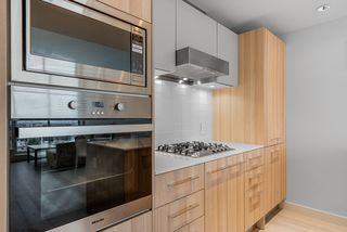Photo 3: 1805 4638 GLADSTONE Street in Vancouver: Victoria VE Condo for sale (Vancouver East)  : MLS®# R2423695
