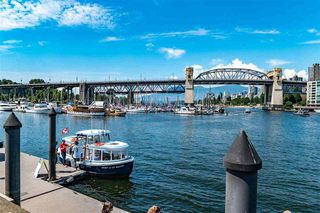 "Photo 19: 205 1365 W 4TH Avenue in Vancouver: False Creek Condo for sale in ""Granville Island Village"" (Vancouver West)  : MLS®# R2443002"