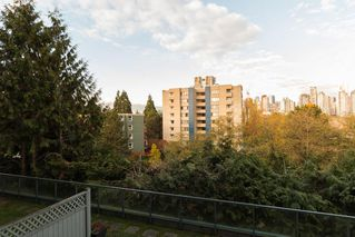 "Photo 13: 205 1365 W 4TH Avenue in Vancouver: False Creek Condo for sale in ""Granville Island Village"" (Vancouver West)  : MLS®# R2443002"