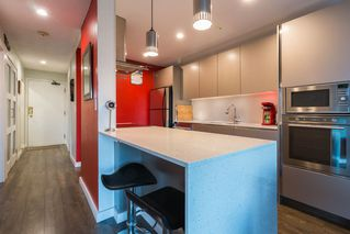 "Photo 4: 205 1365 W 4TH Avenue in Vancouver: False Creek Condo for sale in ""Granville Island Village"" (Vancouver West)  : MLS®# R2443002"