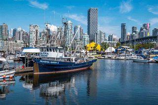 "Photo 17: 205 1365 W 4TH Avenue in Vancouver: False Creek Condo for sale in ""Granville Island Village"" (Vancouver West)  : MLS®# R2443002"