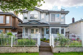 Photo 1: 4406 OXFORD Street in Burnaby: Vancouver Heights House for sale (Burnaby North)  : MLS®# R2460436