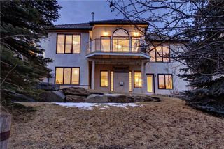 Photo 46: 129 SIGNATURE Way SW in Calgary: Signal Hill Detached for sale : MLS®# C4306203
