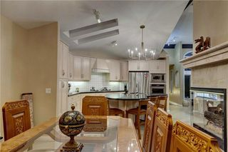 Photo 17: 129 SIGNATURE Way SW in Calgary: Signal Hill Detached for sale : MLS®# C4306203