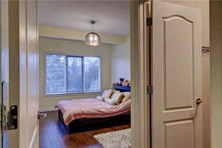 Photo 32: 129 SIGNATURE Way SW in Calgary: Signal Hill Detached for sale : MLS®# C4306203