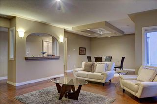 Photo 40: 129 SIGNATURE Way SW in Calgary: Signal Hill Detached for sale : MLS®# C4306203
