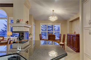 Photo 10: 129 SIGNATURE Way SW in Calgary: Signal Hill Detached for sale : MLS®# C4306203