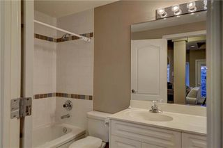 Photo 34: 129 SIGNATURE Way SW in Calgary: Signal Hill Detached for sale : MLS®# C4306203