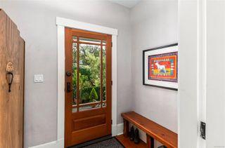 Photo 7: 2728 Blackwood St in : Vi Hillside House for sale (Victoria)  : MLS®# 854760